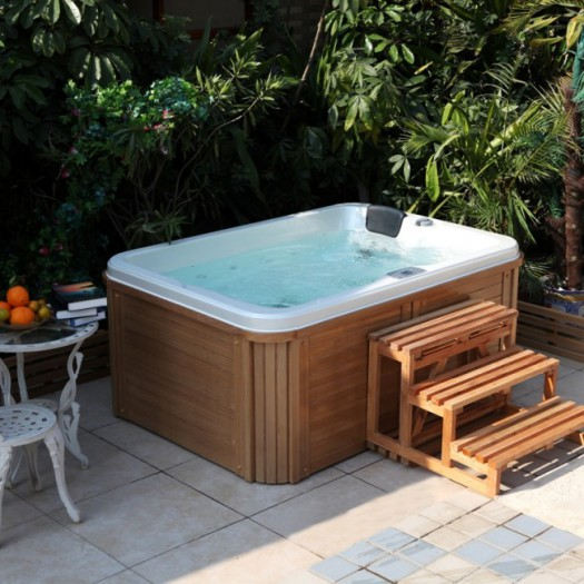la vente de jacuzzi en pleine croissance. Black Bedroom Furniture Sets. Home Design Ideas